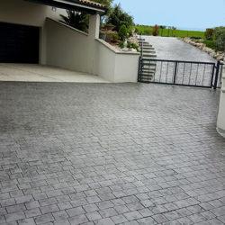entrée maison beton imprime