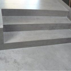 escalier gris beton ciré