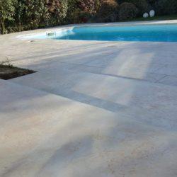 plage piscine beton empreinte