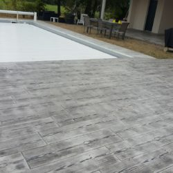 plage piscine beton decoratif