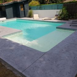 plage de piscine beton empreinte