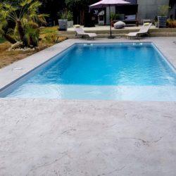 plage de piscine béton imprimé lisse